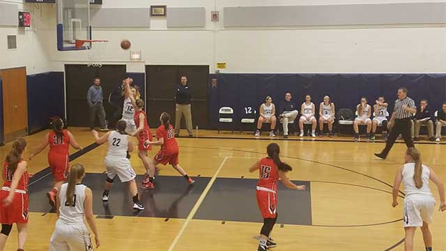 W-FL Tuesday: Strait's buzzer beater lifts Dundee, Dan Brown's triple-double powers Red Jacket